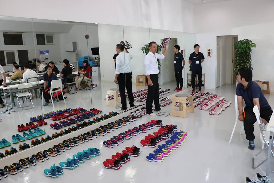 シューズフィッティング,靴専門知識